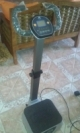 vibrating platform ideal for the circulation and to lose weight, like new.